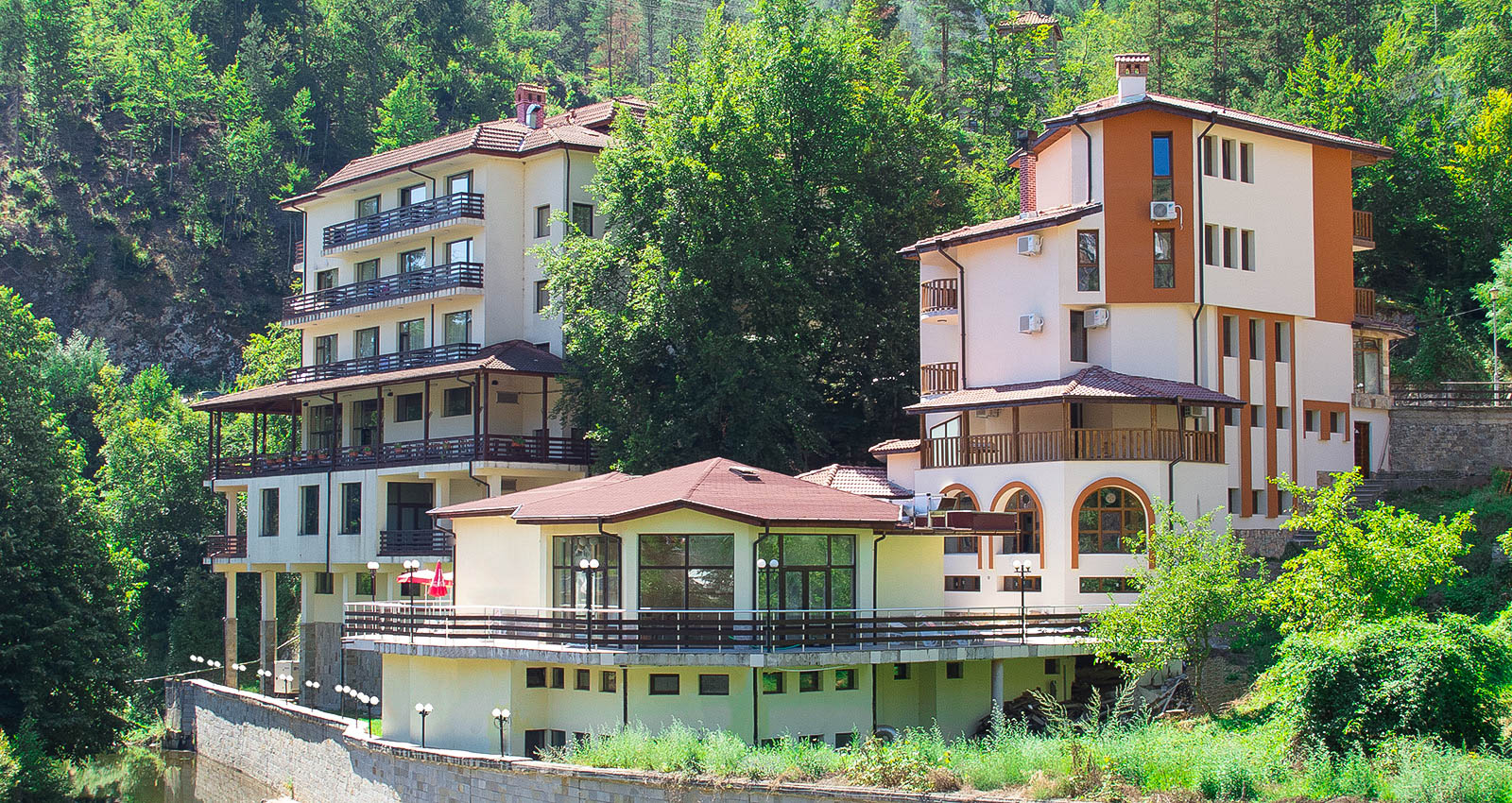 Хотел Родопа | Физиотерапия, балнеолечение и рехабилитация